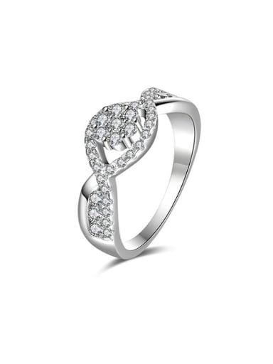 Women Delicate Flower Shaped Zircon Ring
