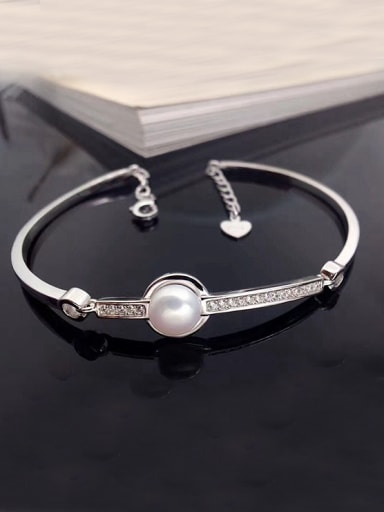2018 Simple Freshwater Pearl Bracelet