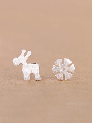 Mini-deer Snowflake Silver stud Earring