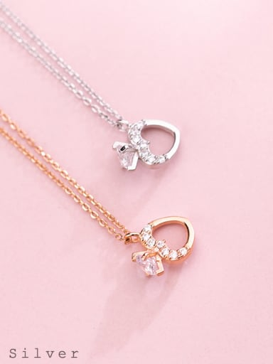 S925 Silver Necklace female fashion fashion Diamond Heart Necklace sweet temperament short chain D4317 female clavicle