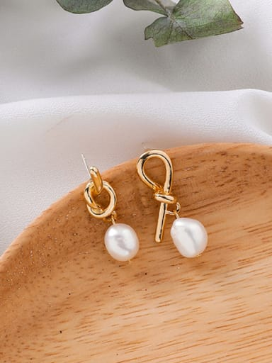 Alloy With 18k Gold Plated Fashion  Imitation Pearl Earrings