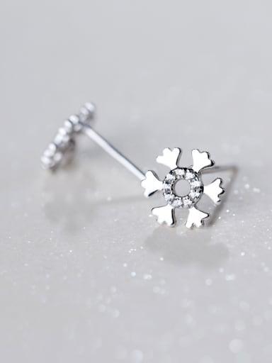 Elegant Snowflake Shaped Rhinestones S925 Silver Stud Earrings