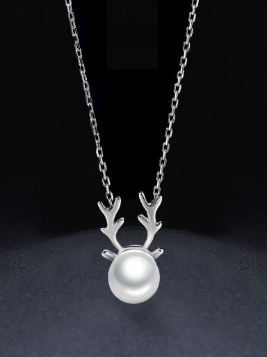 925 Sterling Silver Tiny Deer Antlers Freshwater Pearl Necklace