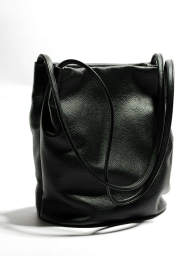 First layer cowhide leisure vertical section bucket bag