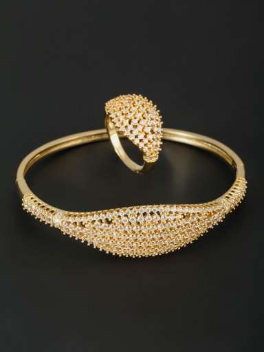 White color Gold Plated Round Zircon 2 Pieces Set
