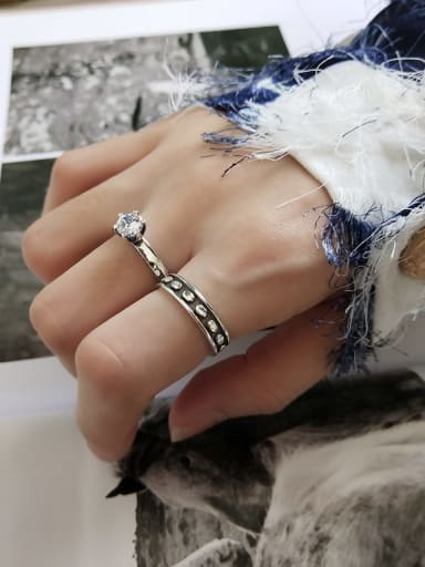925 Sterling Silver Cubic Zirconia Vintage Six Claw Little Knight  Free Size Midi Ring
