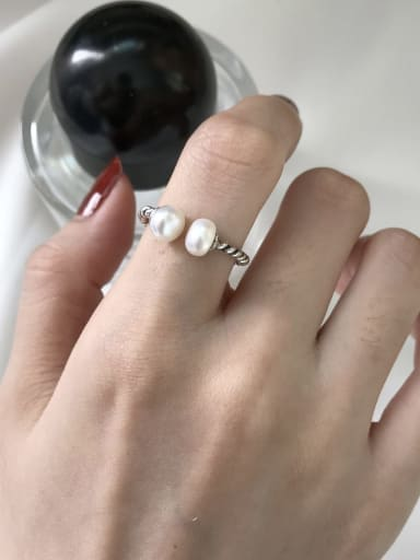925 Sterling Silver Freshwater Pearl White Ball Vintage Solitaire Ring