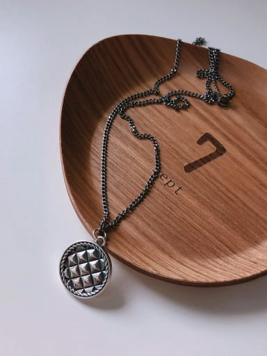 925 Sterling Silver Resto round Necklace