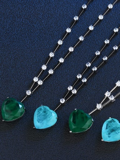 Green (black gold) Copper Glass Stone Heart Vintage Necklace