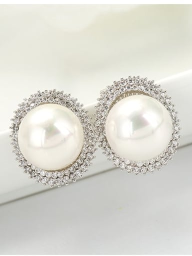 Platinum Copper Imitation Pearl Round Dainty Stud Earring