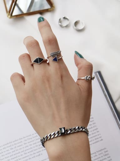 925 Sterling Silver Triangle Minimalist Pine Stone Feather Free Size Midi Ring