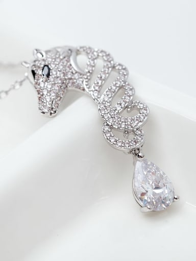 Main stone white platinum t11e05 Copper Cubic Zirconia  Cute Leopard Pendant Necklace