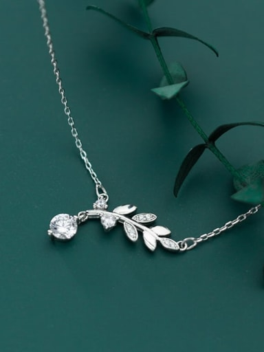 925 Sterling Silver Cubic Zirconia fashion Leaf Pendant Necklace
