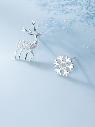 925 Sterling Silver Asymmetry deer Flower Dainty Stud Earring