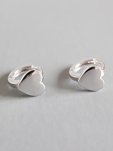 925 Sterling Silver Smooth Heart Minimalist Huggie Earring