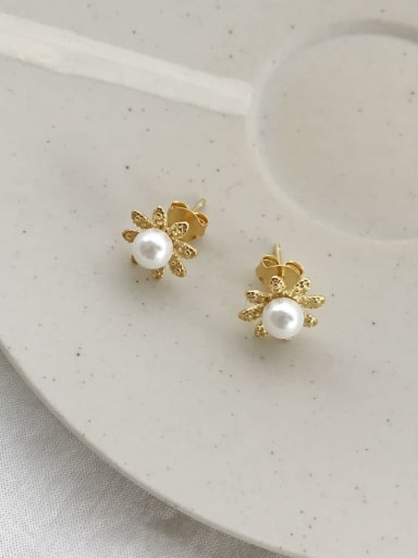 925 Sterling Silver Imitation Pearl White Flower Dainty Stud Earring