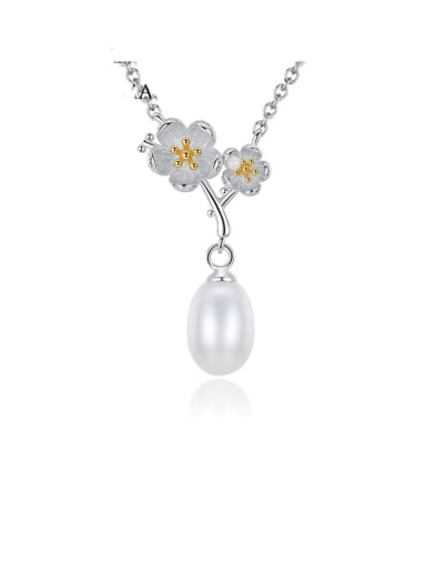 925 Sterling Silver  Fashion two color  plating Plum Blossom Freshwater Pearl Necklace
