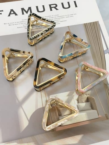Alloy Cellulose Acetate Trend Hollow Triangle Jaw Hair Claw