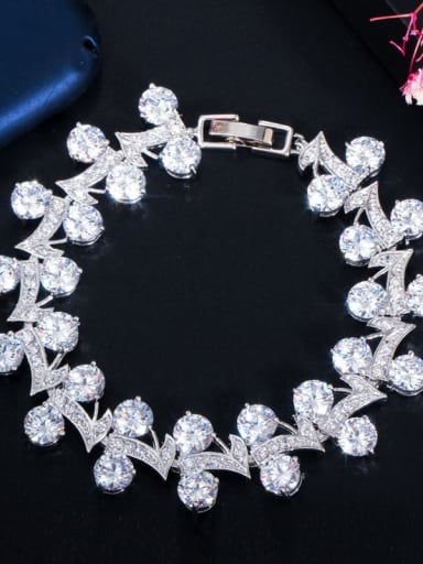 white Copper Cubic Zirconia Leaf Luxury Bracelet