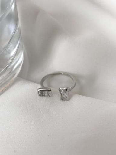 925 Sterling Silver Cubic Zirconia White Geometric Trend Solitaire Ring