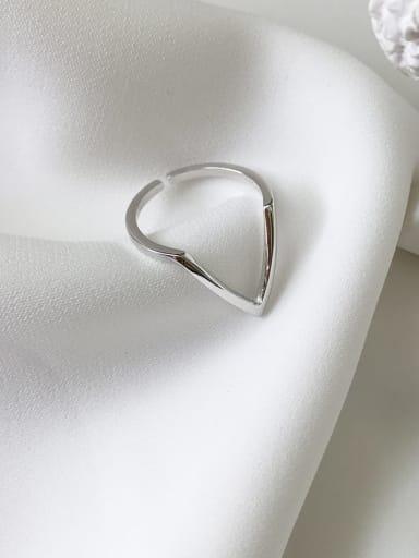 925 Sterling Silver Triangle Minimalist Midi Ring
