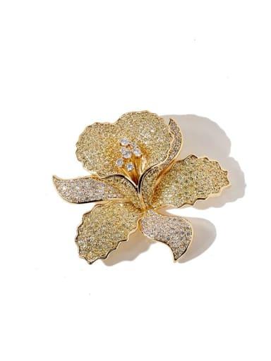 Golden White Diamond Copper Cubic Zirconia White Flower Dainty Brooches