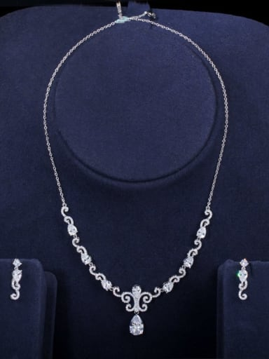 white Copper Cubic Zirconia Luxury Flower Earring and Necklace Set