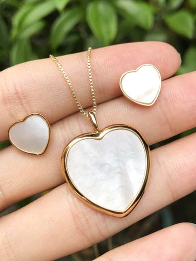 18K Gold Copper  Minimalist Heart  Shell Earring and Necklace Set