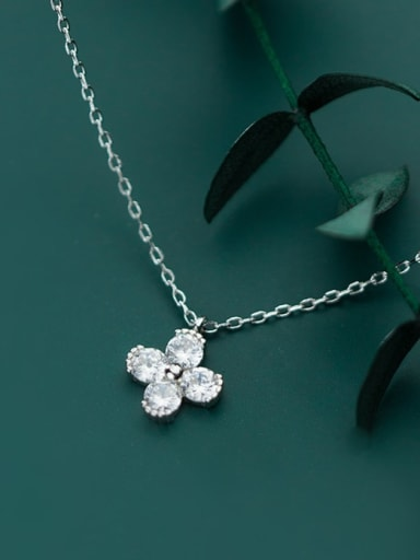 925 Sterling Silver Minimalist Cubic Zirconia  Flower  Necklace