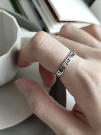 925 Sterling Silver Roman numerals Vintage Band Ring