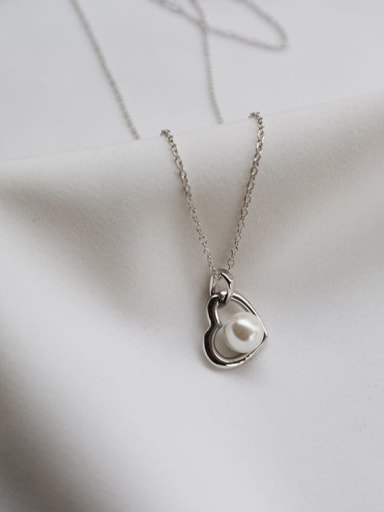 925 Sterling Silver Imitation Pearl Simple heart pendant  Necklace