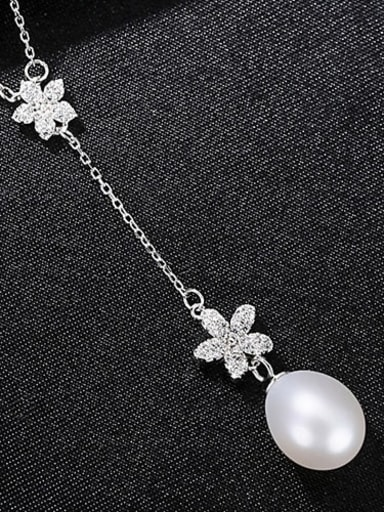 White 7B04 925 Sterling Silver Freshwater Pearl Flower Minimalist Necklace