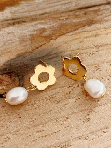 925 Sterling Silver Imitation Pearl Flower Vintage Stud Earring