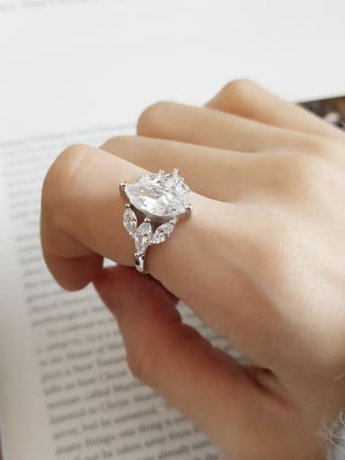 925 Sterling Silver Cubic Zirconia White Crown Minimalist Free Size Band Ring