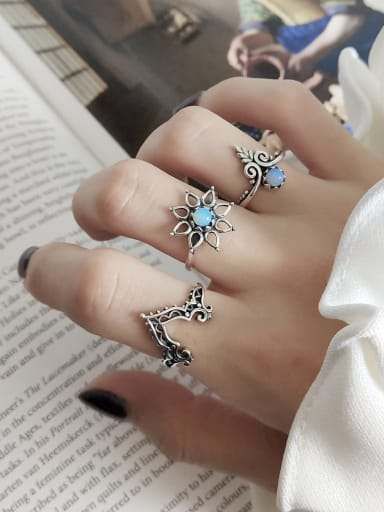 925 Sterling Silver Glass Bead Blue Heart Vintage Midi Ring
