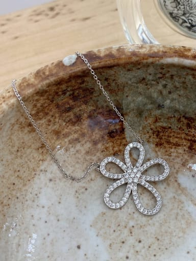 925 Sterling Silver Rhinestone Flower Minimalist Necklace