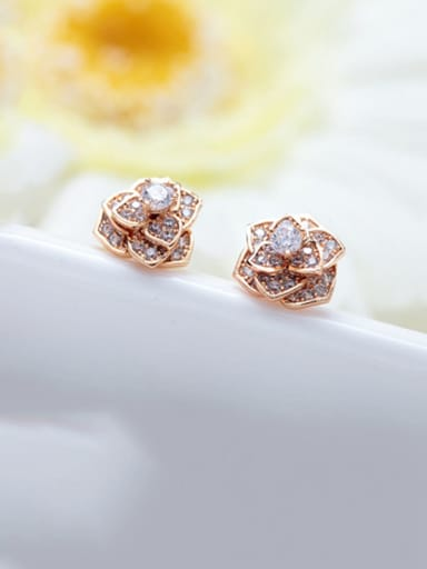White zirconium plated champagne gold Copper Cubic Zirconia Flower Dainty Stud Earring