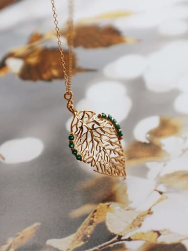 925 Sterling Silver Rhinestone white Antique Gold Leaf Pendant Necklace