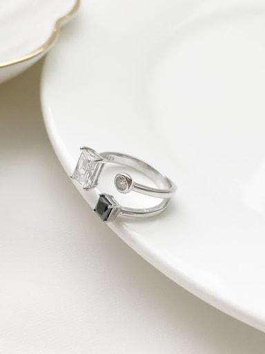 925 Sterling Silver Cubic Zirconia Irreular inimalist Band Ring