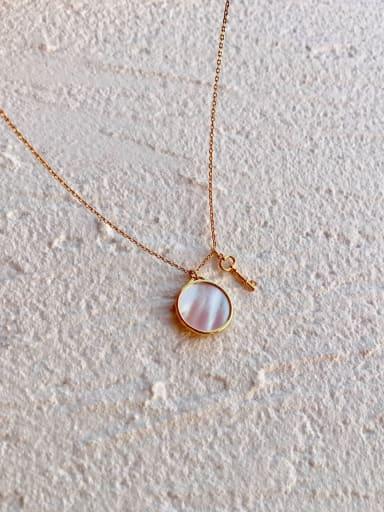 Copper Shell White Round  Necklace