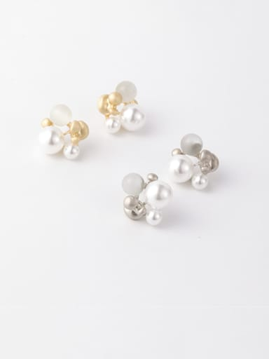 Alloy With Imitation Gold Plated Fashion Flower Stud Earrings