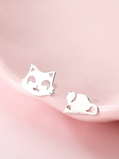 925 Sterling Silver Minimalist  Cat mouse Asymmetry Stud Earring