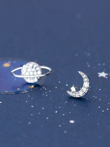925 Sterling Silver With Platinum Plated Minimalist Star Stud Earrings