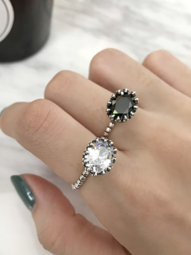 925 Sterling Silver with Cubic Zirconia Black Oval Trend Solitaire Ring