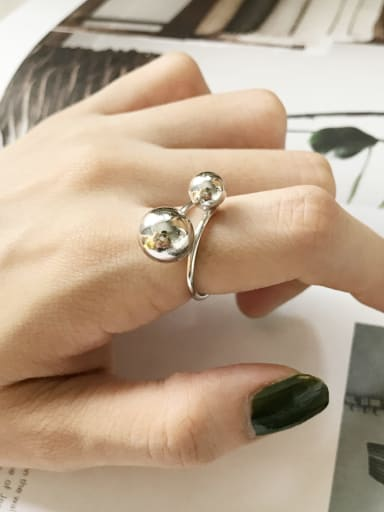 925 Sterling Silver Round Ball Minimalist Midi Ring