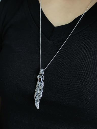 925 Sterling Silver Cubic Zirconia Feather Pendant Necklace