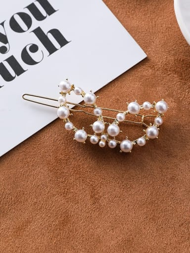 G  butterfly Zinc Alloy Imitation Pearl White Triangle Minimalist Hair Pins