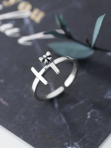 925 Sterling Silver Cross Vintage Free Size Ring