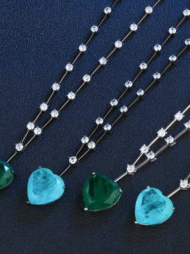 Green (Platinum) Copper Glass Stone Heart Vintage Necklace