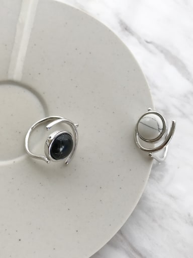 925 Sterling Silver Black/White Round Artisan Marble Solitaire Ring